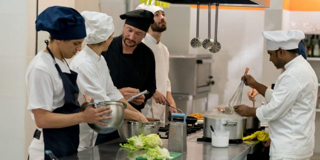 How Is The Services Of Personal Chef Toronto Is Beneficial